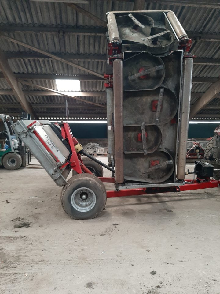 Progressive TDR 30 rotary mower